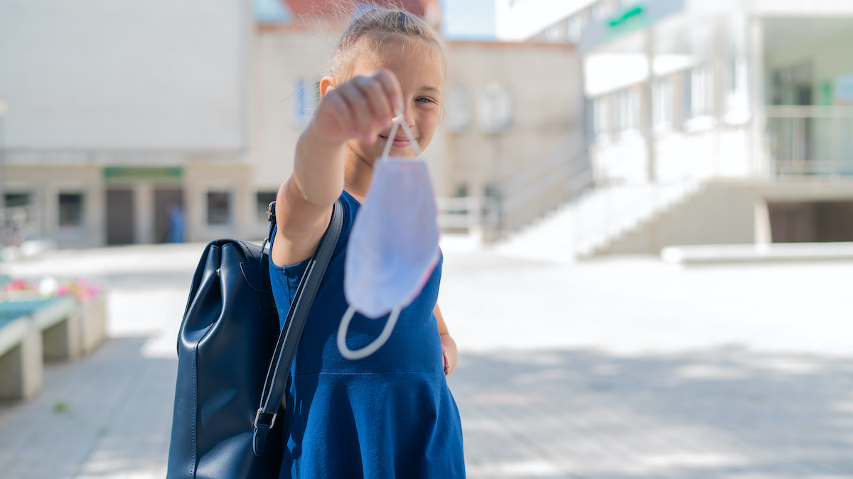 fin masque à l'école